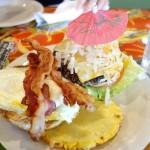 ハワイへ行こう チーズバーガー・イン・パラダイスでご飯